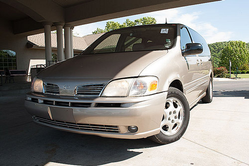 Oldsmobile Silhouette for sale minivan in Branson Springfield MO